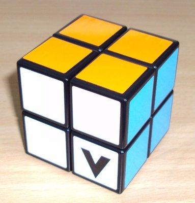 V-cube 2x2x2